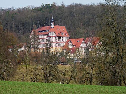 800px-hermann-lietz-schule_haubinda_7